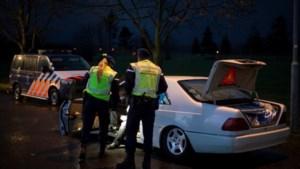 Twee mannen aangehouden voor rijden zonder rijbewijs