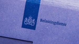 Ambtenaren: Minder belasting over je loon, meer over je huis