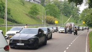 Verbazing bij Mercedes-fanaat Pim (24) na politie-actie: 'We waren niemand tot last'