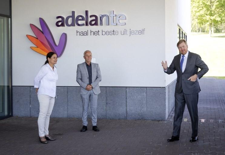 Koning verrast revalidatiecentrum Adelante in Hoensbroek met bezoek