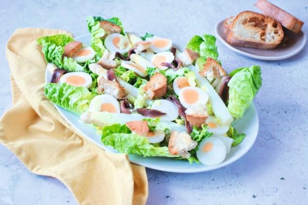 Caesarsalade met een Limburgse twist: perfect voor de lente