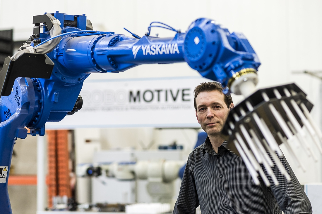 Zwitsers bedrijf neemt belang in Limburgs pareltje robotica Robomotive Roermond - De Limburger