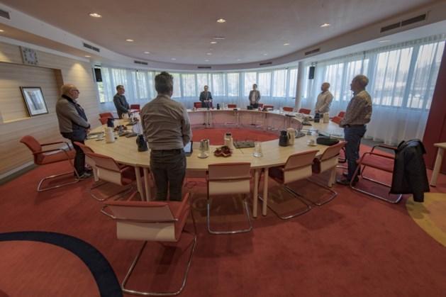 Raadsvergadering Simpelveld gaat niet door; wachten op schriftelijke antwoorden vragen 'kwestie Voerendaal'