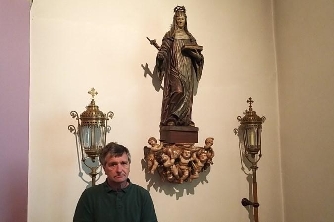 Rozen voor Sint-Rita in parochiekerkje van Oud-Valkenburg