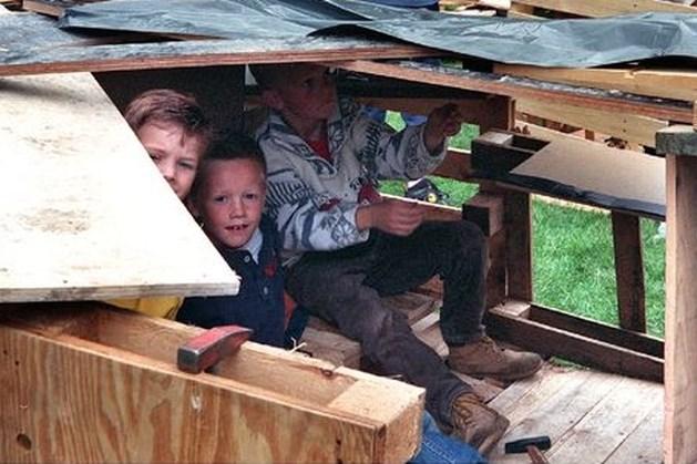 Broertjes vinden goudstaven ter waarde van 100.000 euro bij bouwen hut