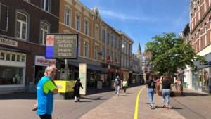 Roermond gaat actief handhaven op verbod voor (brom)fietsers in binnenstad met oog op 1,5 meter