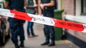 Gezinsdrama: zoon steekt ouders neer, moeder zwaargewond