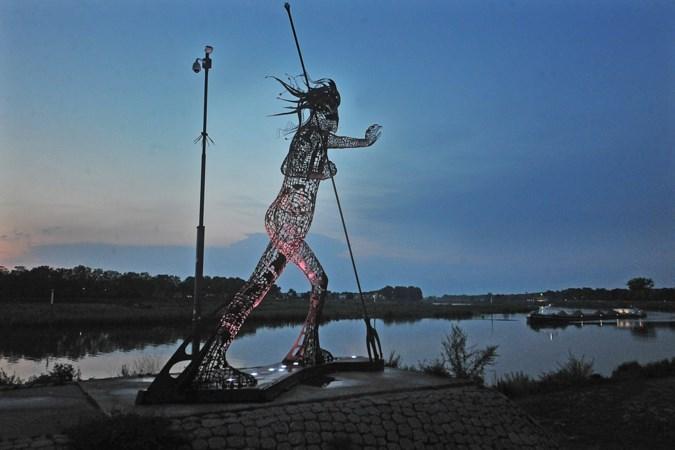 'Venlo verdient ook kunst die niet alleen bij de kleur van de bank past'