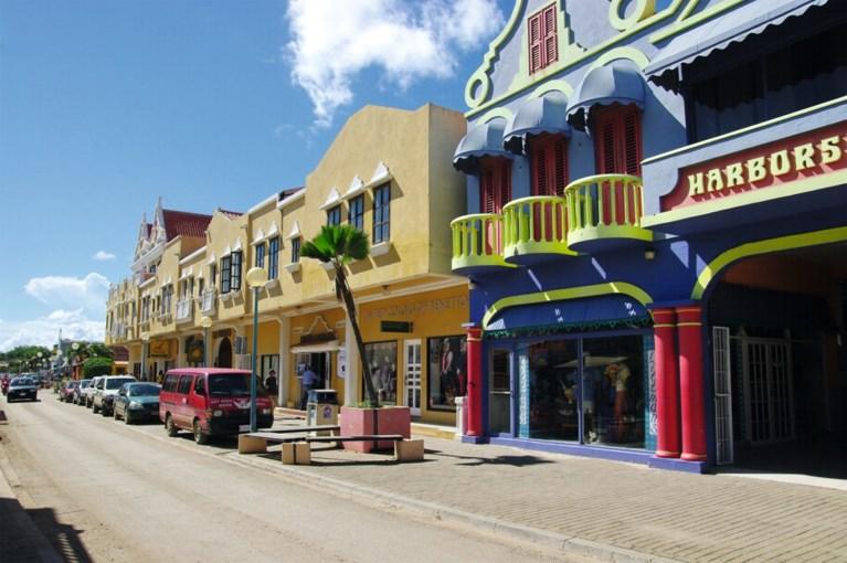 Na vijftien jaar onthaasten op Bonaire, komen Jo en Dymphie Bux terug naar Sittard