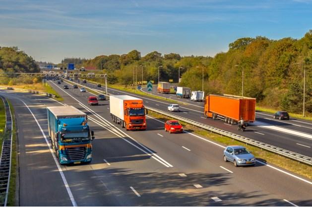 Het wordt weer drukker op de weg, Limburg nog relatief rustig