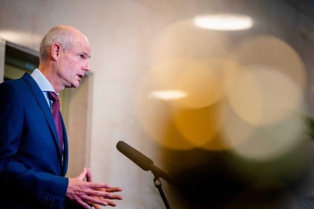 Minister Blok: 'Vraag je goed af of je in onzekere coronawereld wel op reis wilt'