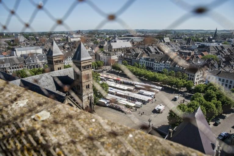 Video: rustige start vrijdagmarkt op Vrijthof Maastricht