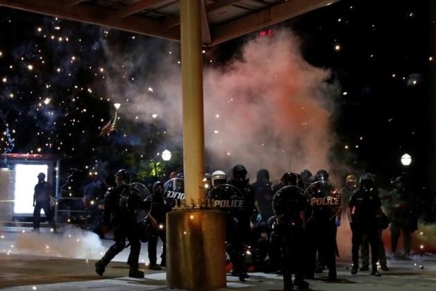 Protest tegen politiegeweld breidt zich uit, agenten gewond in Philadelphia