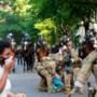 President Trump dreigt het leger in te zetten tegen gewelddadige protesten