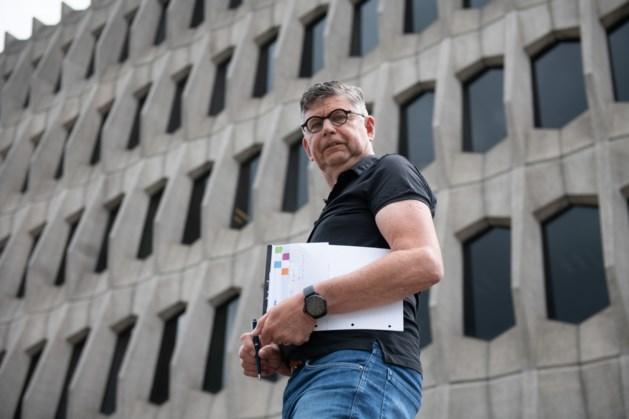 Buutereedner Jan Heffels laat collega's lachen in coronatijd