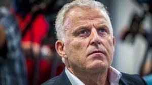 Peter R. de Vries en Peter Schouten staan kroongetuige Nabil B. bij