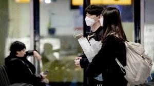 KLM-toestel keert om vanwege passagier die weigert mondkapje te dragen