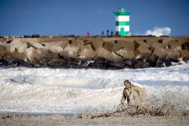 Onderzoek: Zeeschuim belangrijkste oorzaak van surfdrama Scheveningen