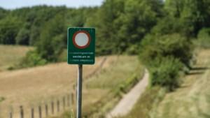 Nepverkeersborden om verkeer in Heuvelland te weren hebben effect