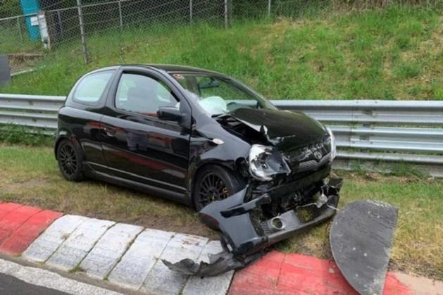 Racen en crashen met je eigen auto op de Nürburgring: een heel dure grap