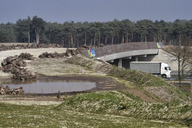 Europaweg-Noord in Landgraaf afgesloten voor autoverkeer