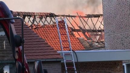 Video: Brandweer rukt uit voor uitslaande brand in schuur