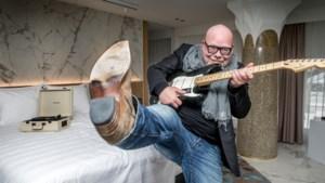 De nacht doorbrengen tussen 141 rockdiva's in Hard Rock Hotel