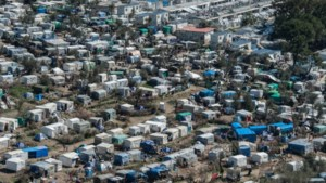 Lockdown Griekse migrantenkampen met twee weken verlengd