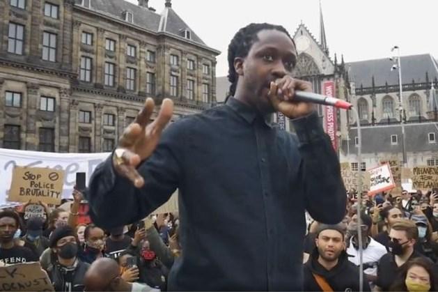 Aangiftes tegen Akwasi na speech tijdens protest op de Dam