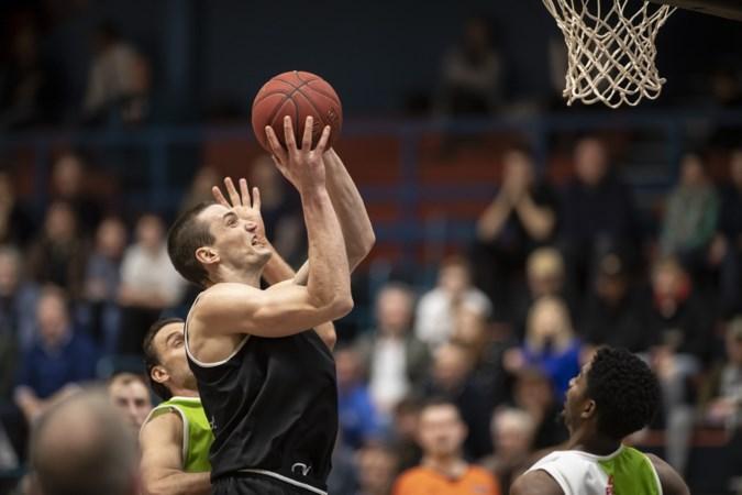 Basketbalprof Roel Aarts van BAL kiest voor relatie