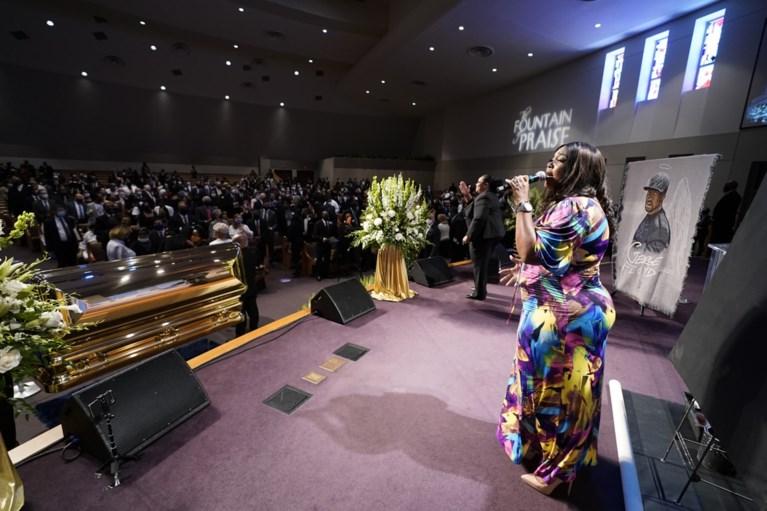 Gospelmuziek en bijbellezingen op begrafenis George Floyd