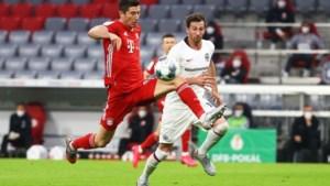 Ook met stormram Dost kan Eintracht niets uitrichten bij Bayern