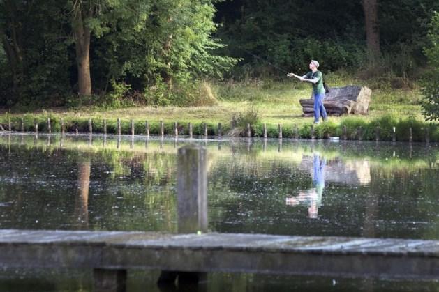 Valkenburg staat nachtvissen aan vijver Geulstrand weer toe