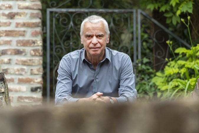 Jules Coenegracht leidt de lezer van Engelen van Maastricht in 21 korte verhalen door de stad