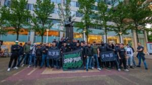 Feyenoordfans houden demonstratie tegen racisme en vernielingen rond beeld van Pim Fortuyn
