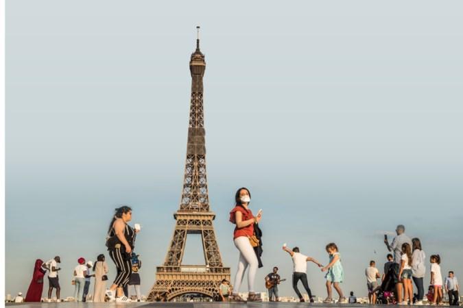 Nooit was het bij Eiffeltoren zo enorm stil