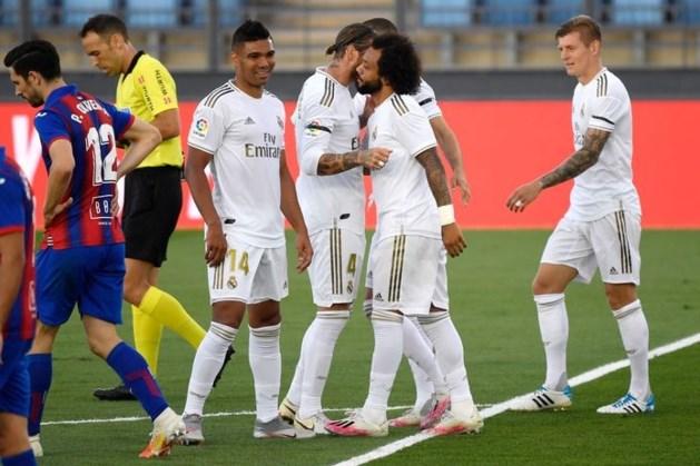 Real Madrid houdt Barcelona in vizier na zege op Eibar