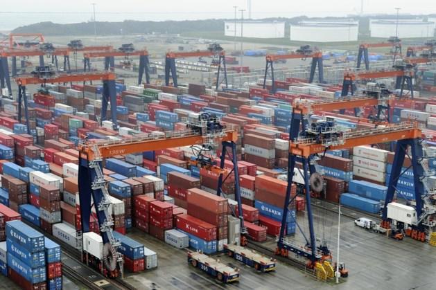 Crisis zorgt voor daling export met 11 procent in april