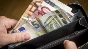 'Nederlanders lenen vaker, maar wel minder'