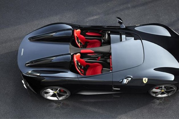 Max Verstappen racet binnenkort met Ferrari-motor