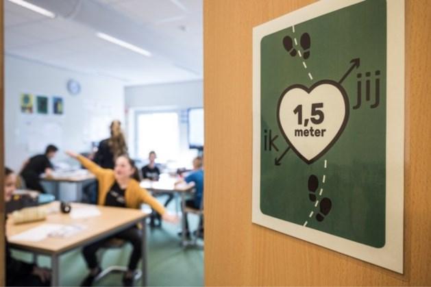 Docenten: afstand houden lukt scholieren niet goed