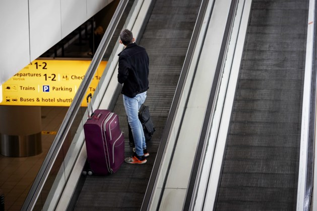 Schiphol vervoerde in mei 97 procent minder passagiers