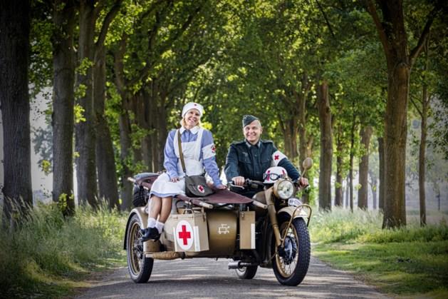 Stefan (53) en Lisbeth (53) uit Sittard houden als re-enactmentacteurs de geschiedenis levend
