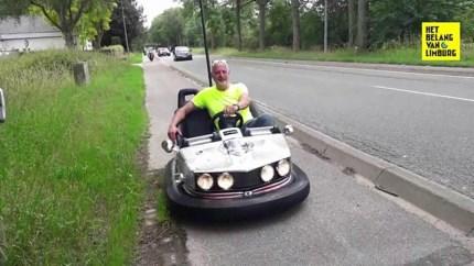 Video: Maastrichtenaar met botsauto op de weg sensatie op tv