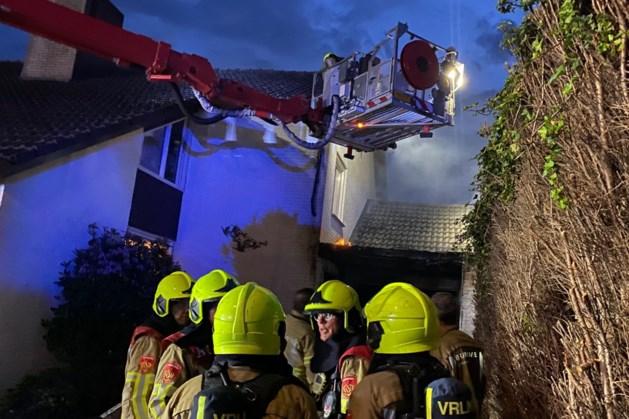 Brandweer rukt uit voor brand in woning Herkenbosch