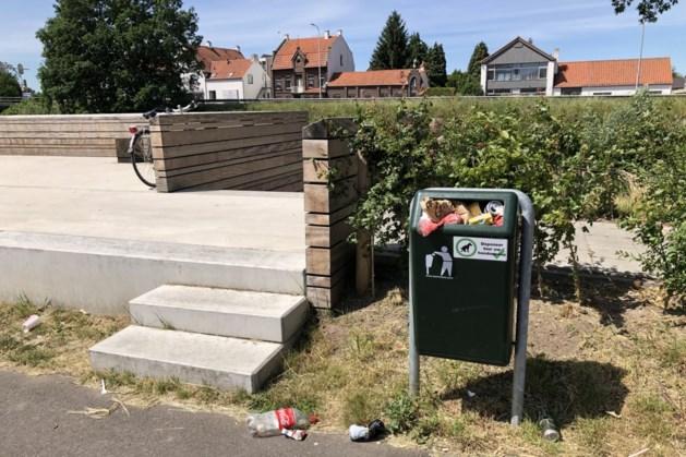 Nederweert gaat in weekend afval bij containers weghalen