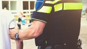 Maand extra cel in hoger beroep voor spugen naar agenten