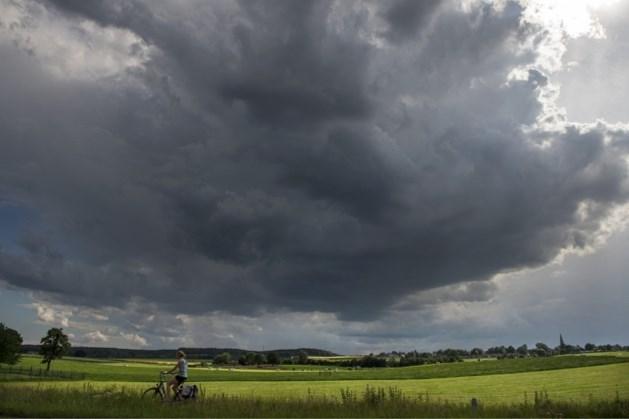 KNMI: code geel voor Limburg met kans op veel neerslag