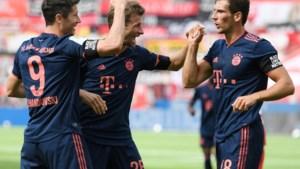 Recordgoal Lewandowski én vingertoppen Neuer schenken Bayern achtste landstitel op rij