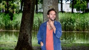 Martijn Crins: teksten schrijven voor cabaretshow, maar geen publiek